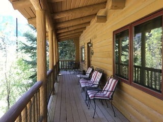 Riverview Cabin