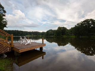 Lakehouse Estate- Sleeps 14