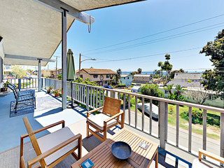 La Conchita Beach 3BR, Cigar Lounge