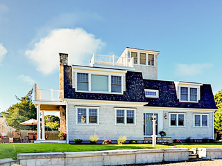 New Seaside 3BR w/ Water Views & Deck