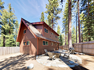 4BR Cabin w/ Game Room, 1 Block to National Forest
