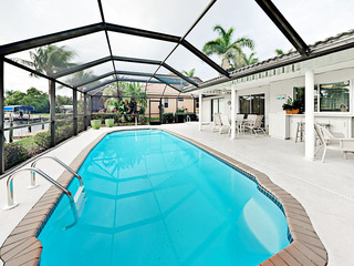 Redfish Cove 3BR w/ Screened Pool & Boat Dock