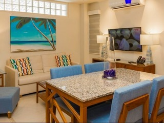 V Azul 402 (1-Bedroom Apartment)