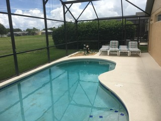 Delightful 4 bedroom home and pool near Disney