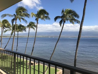 Lauloa 306 (2 Bedroom condo)