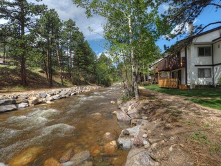 River Valley Chalet (Fawn Valley Inn #228)-- EV #6080