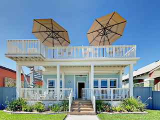 Chic 2BR w/ Gulf Views, Near Pleasure Pier