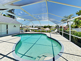 Canal-Side 4BR w/ Pool & Gulf Access