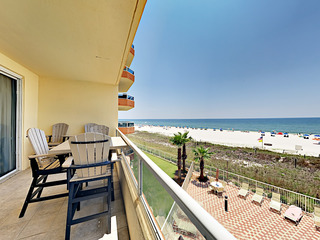 Postcard Gulf Views! 3BR w/ Pools