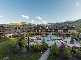 Majestic 5 Star Hotel Resort