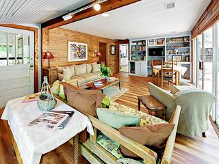 Quaint Cottage Unit 2