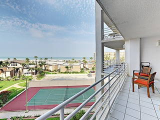 Gated 2BR w/ Pool & Ocean Views