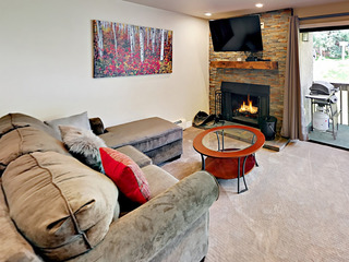 Remodeled 2BR Condo Near Vail Mountain