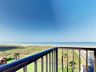 Gulf Views 3BR w/ Pools & Hot Tub