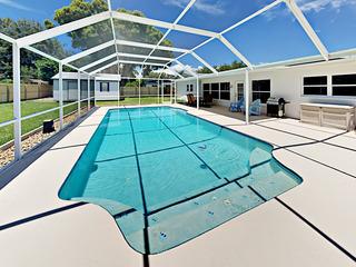 Elegant 3BR/3BA w/ Screened Pool- Near Gulf Coast