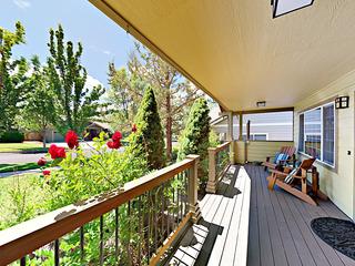3BR w/ Large Fenced Yard & Deck