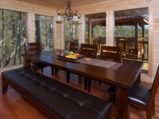 A Suite Mountain View- 4 Bedrooms, 4 Baths, Sleeps 12