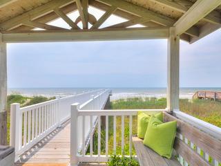 Oceanfront 4BR w/ Boardwalk