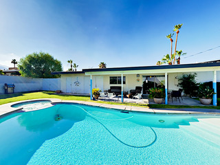 Cathedral City Cove 2BR/2BA+Den+ Pool/Jacuzzi