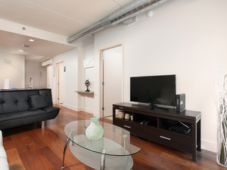 2 Bedroom 1 Bathroom Furnished Apartment Near Rittenhouse