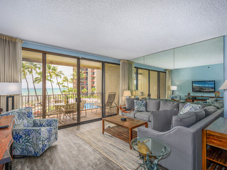 Kaanapali Shores- 259- So close to the Beach!! 2b/2b