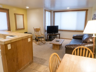 Ski Trails Condo- in the Heart of Northstar