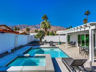 3BR/2BA Stunning w/Pool, Jacuzzi in SouthEast Palm Springs