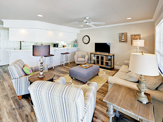 4BR Pet Friendly Heritage Shores Beach House w/ Pool