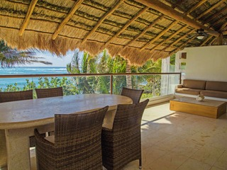 Beachfront Luxury Villa Outdoor Pool 206 3 Bedroom 2nd floor