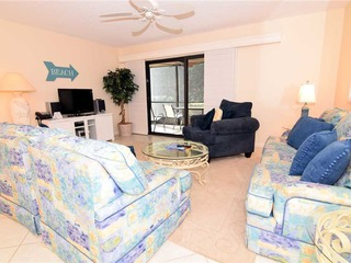 #111 Sanibel Moorings Gulf Front