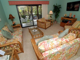 #312 Sanibel Moorings Courtyard View