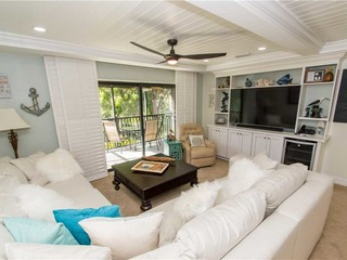 #842 Sanibel Moorings Courtyard View