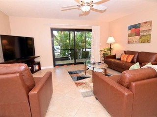 #341 Sanibel Moorings Courtyard View