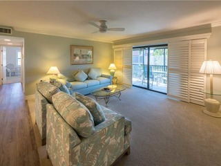 #1022 Sanibel Moorings Gulf View