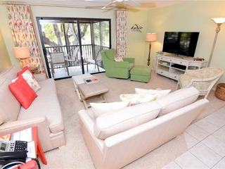 #1322 Sanibel Moorings Dockside