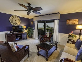 #712 Sanibel Moorings Gulf Front