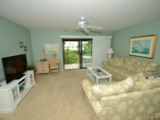 #1632 Sanibel Moorings Dock View