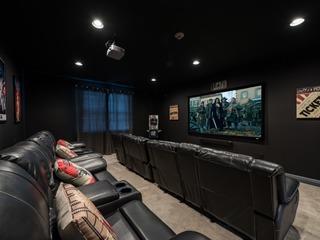 EC261- 12 Br Encore Home With Cinema & Games Room