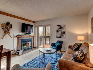 Mountainside Condominium 271C