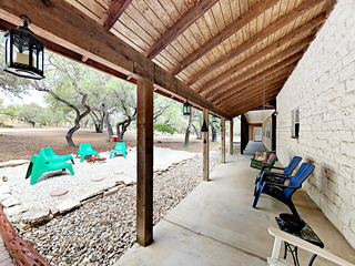 Fabulous 6BR Dripping Springs Ranch