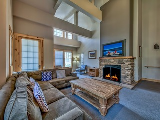 Home for all your Kirkwood Adventures- Luxury 3Br