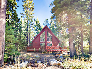 New Listing- 4BR Near Rubicon Trail