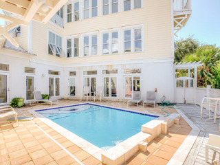 """Big Fish House""- 5BR w/ Pool, Steps to Beach"