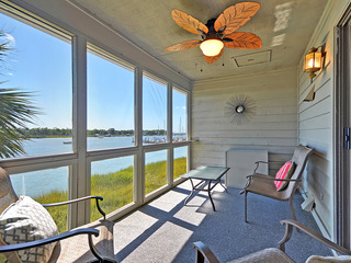 Riverfront 3BR w/ Screened Porch