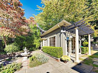 The Carriage House- Luxury Studio