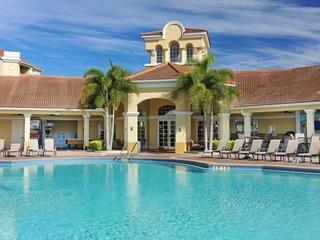 Ravis Retreat Townhouse at Vista Cay Resort