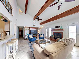 3BR w/ Pool & Big Gulf-View Deck – Steps to Beach