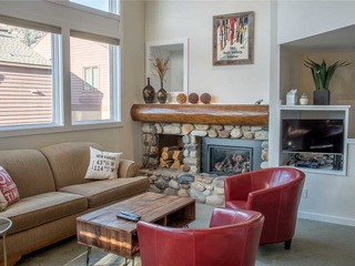 Knob Hill Ridge Townhome 1