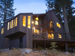 Trapper Mc Nutt Modern Mountain Home