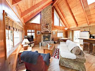 Sweet 2BR + Loft Cabin w/ Porch & Patio